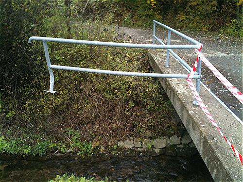 Geländerkuriosität - wer hat das gemacht?