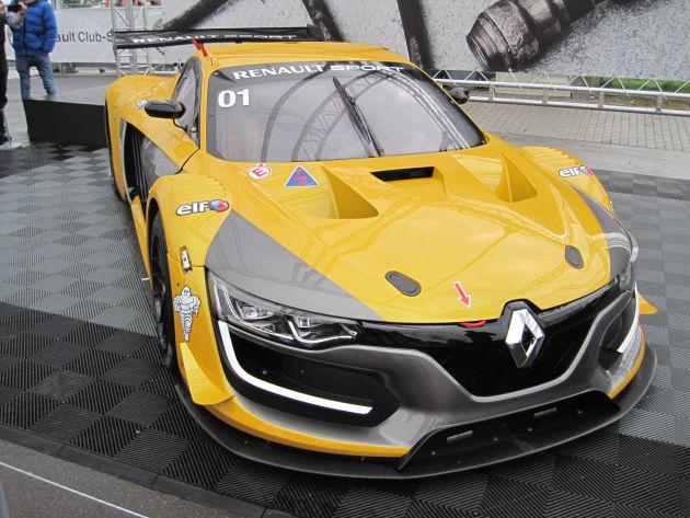 Ausflug zum Nürburgring: Renault-Fan-Tag