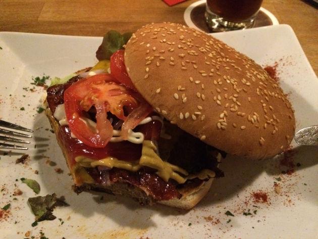 Diesen leckeren Burger gab es in der Märzenburg in Kaufbeuren