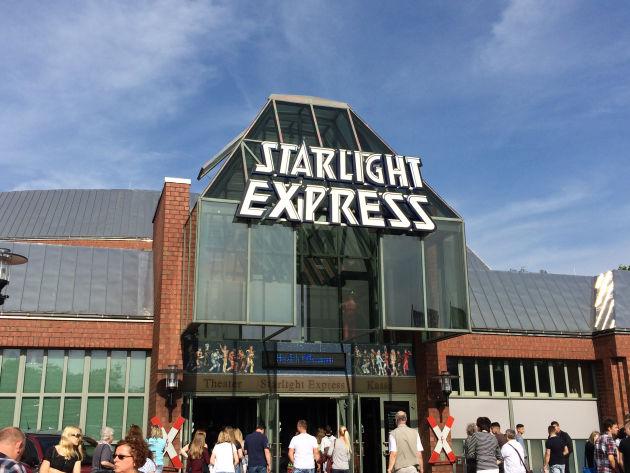 Auf geht's zu Starlight Express