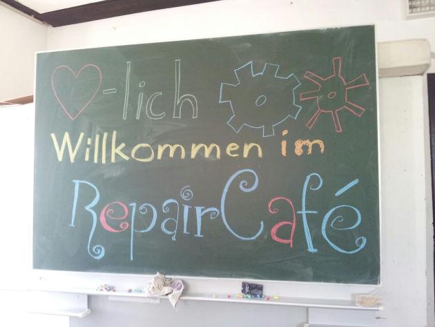 Silke war bei einem Repaircafé. Danke für die Audiodatei und die Fotos!