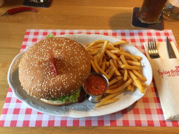 """Ein echt """"amerikanischer"""" Spicy-Burger - leckaaaaaa!"""