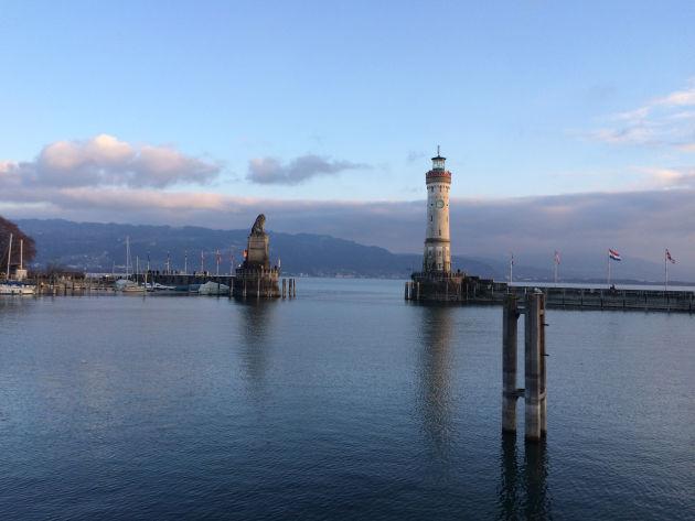 Lindauer Hafen am Abend.