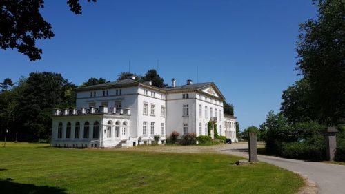 Bild: Hausansicht von Schloss Waterneverstorf
