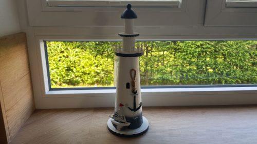 Bild: ein kleiner Bildausschnitt aus meiner Küche mit einem Leuchtturm