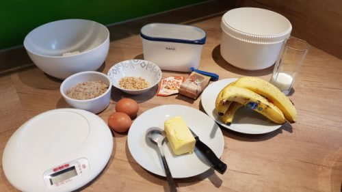 Bild Die Zutaten fürs Bananenbrot