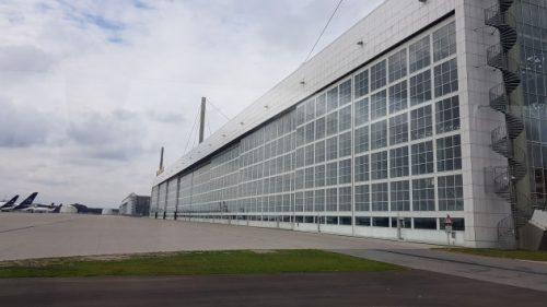 Bild Flugzeugmontagehalle