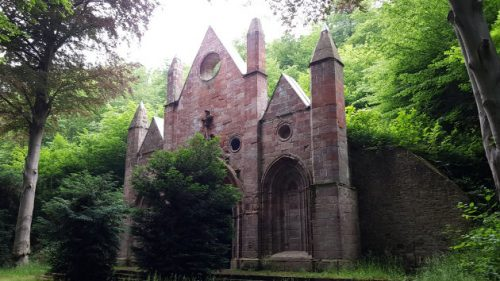 HWN 207 - Mausoleum