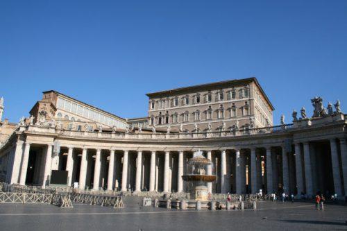 In diesem Gebäude rechts oben »wohnte« der Papst.