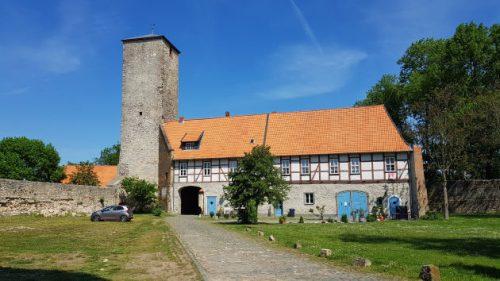 Wirtschaftsgebäude an der Wasserburg Zilly