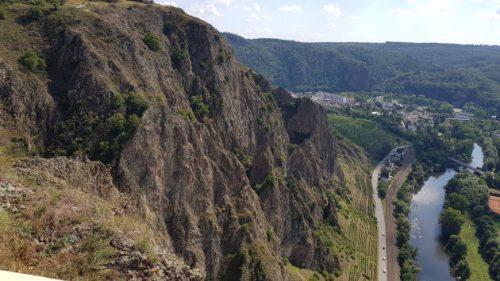 Blick auf den Rotenfels von der Aussichtsplattform aus