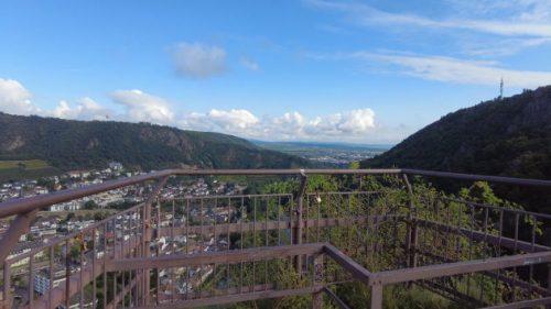 Blick von der Burgruine Rheingrafenstein
