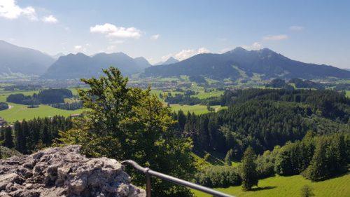 Herrlicher Alpenblick vom Turm der Burg aus